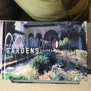 Gardens Around The World - 365 Days